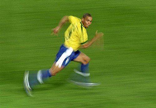 Ronaldo_running.jpg